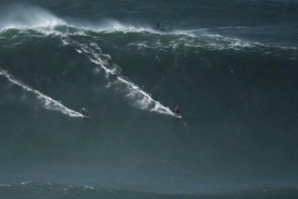 Onda de quase 24 metros bate recorde do hemisfério sul